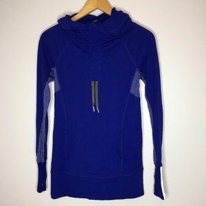 Lululemon long sleeve hooded athletic shirt